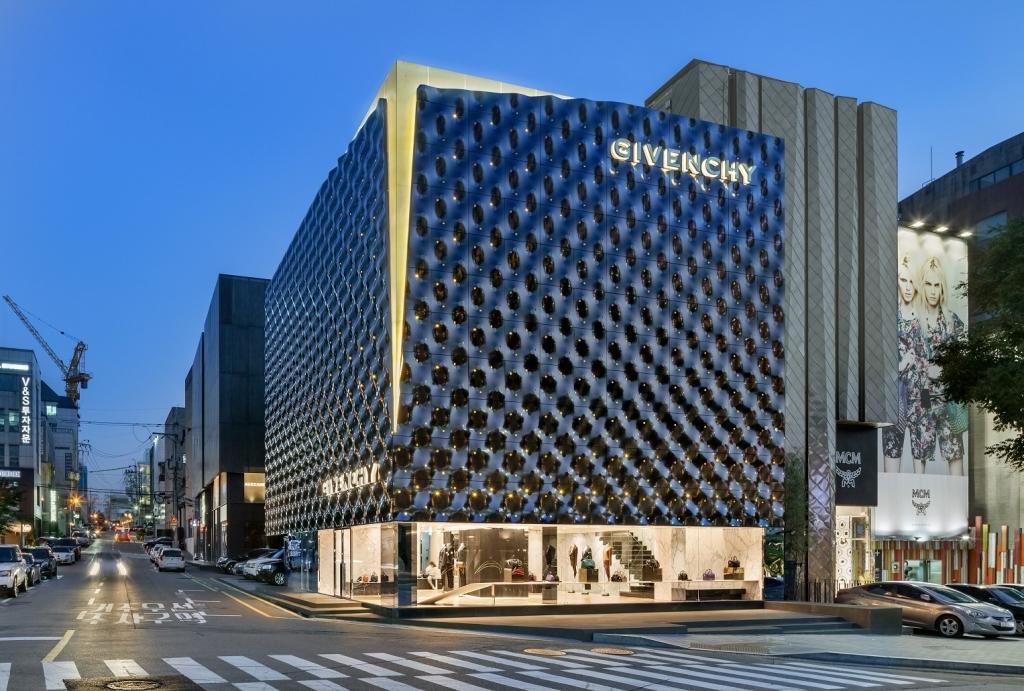 Portfolio: Givenchy, Seoul, South Korea