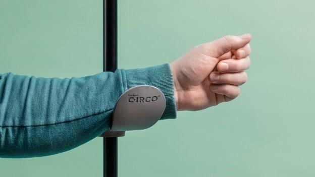 COVID-19: Hands-Free Door Handle