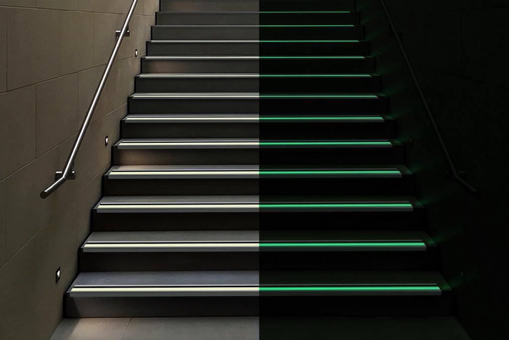 90-Degree Aluminum Stair Nosing