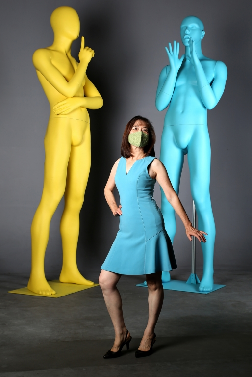 Giant Mannequins and Props