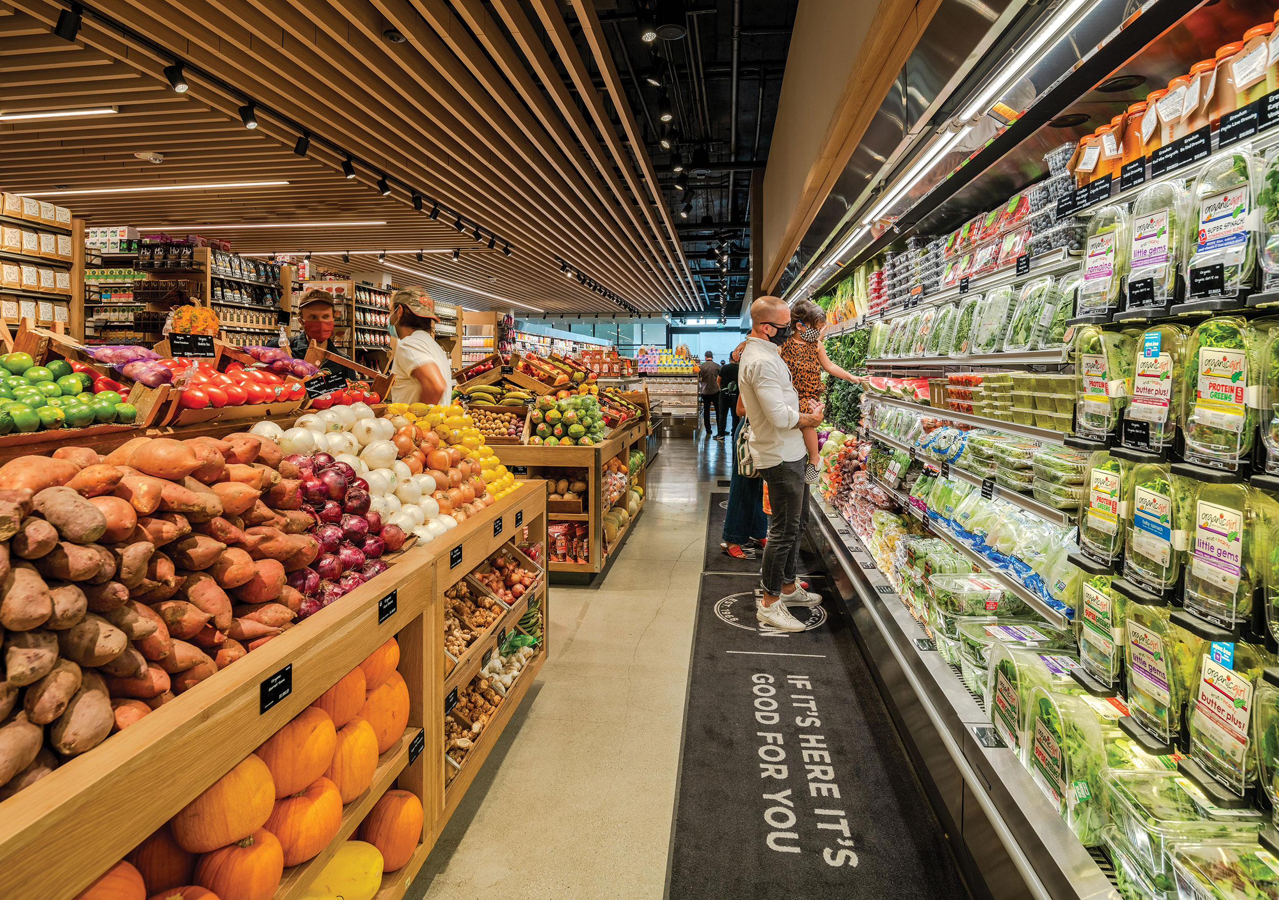 Many grocers, like Erewhon (shown), reconfigured their spaces due to restrictions brought about by the COVID-19 pandemic.