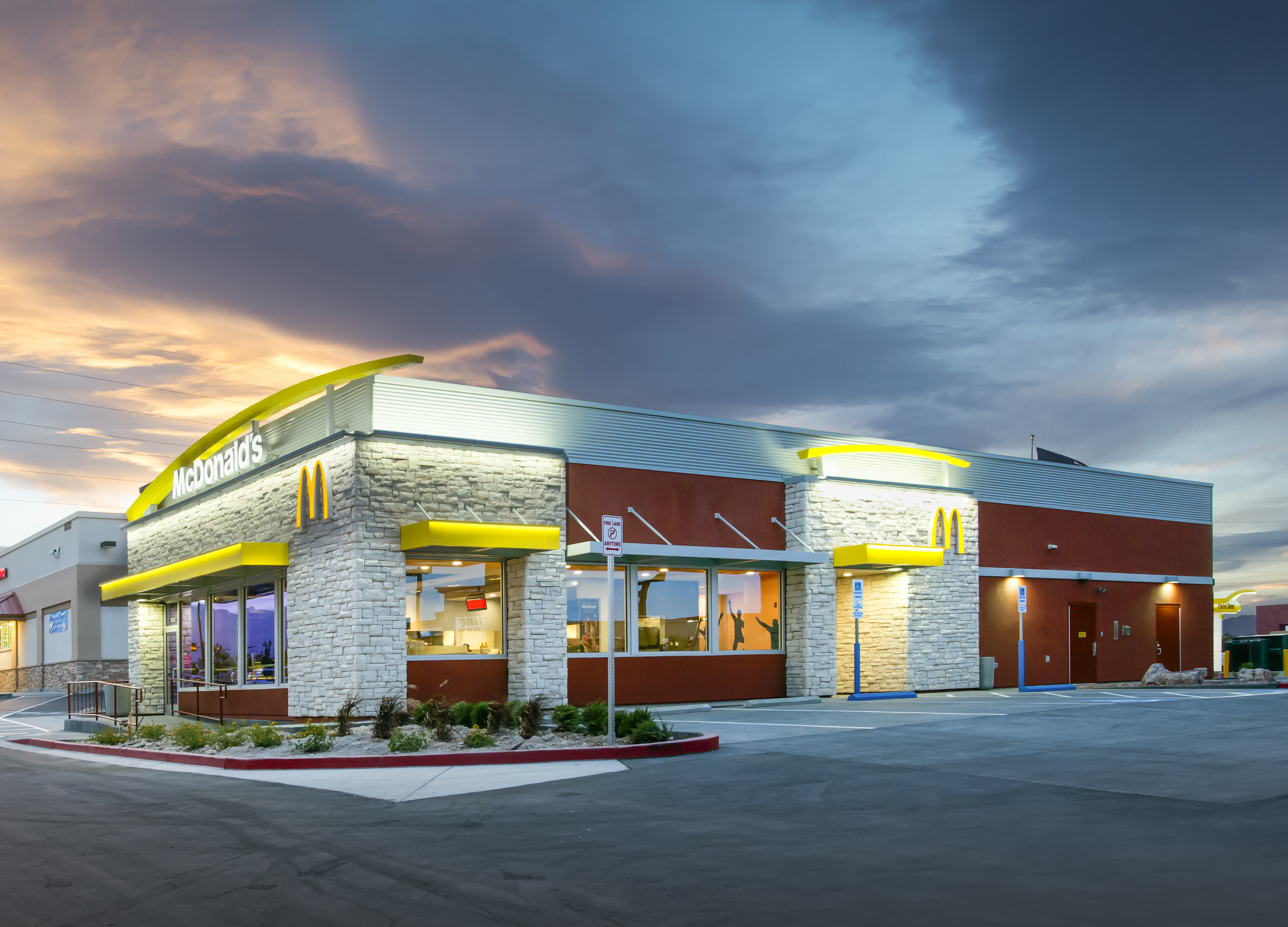 McDonald's Raising Hourly Wages at Company-Owned Locations